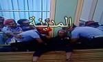 فيديو : لهذا السبب هدد ثلاثيني بالانتحار من شرفة البرلمان وبماذا وعده الرزاز