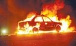 إخماد حريق سيارة في الزرقاء .. ولا اصابات