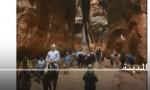 شاهد بالفيديو : السياح في البتراء قبل مداهمة الفيضان