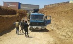 ضبط حفارة مخالفة اثناء حفر بئر مخالف في الرمثا واعتقال عدة أشخاص