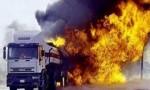 عمان : احتراق 4 شاحنات في أبو علندا - صور