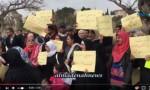 بالفيديو: شاهد واستمع هتافات الأردنيات المتزوجات من أجانب خلال اعتصامهن قبالة النواب