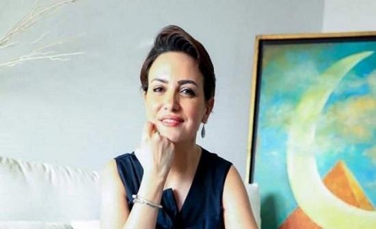 ريهام عبد الغفور تفاجئ متابعيها بصورة مع إبنها.. فهل يشبهها؟