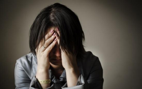 فتاة تحكي كيف ورطتها عصابة توظيف للعمل في الدعارة؟