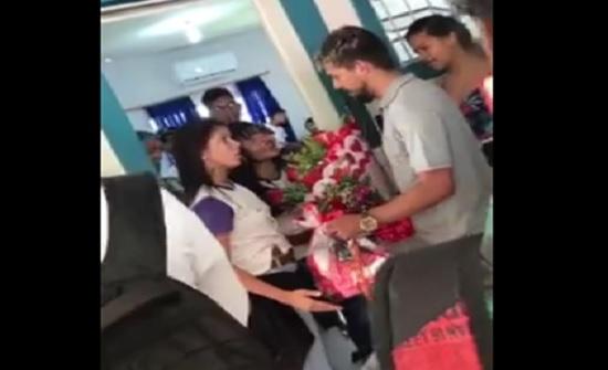 شاهد :رد فعل شاب رفضت حبيبته الزواج منه
