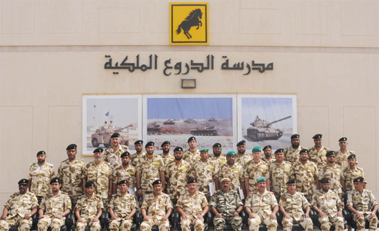 وفد يزور الهيئة الهاشمية للمصابين العسكريين