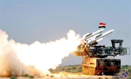 الدفاعات الجوية السورية تتصدى لهدف معاد