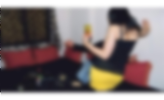 القبض على فتاة تدير شبكة للرذيلة على الانترنت مقابل اجر مادي