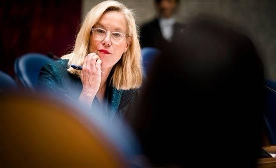 وزيرة هولندية تتبرع بـ13 مليون يورو للأونروا