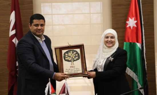 جامعة الشرق الاوسط تدعم محافظة مادبا كمدينة مبدعة