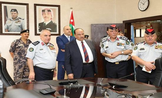 وزير الداخلية يزور المديرية العامة للدفاع المدني