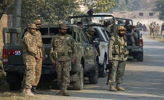 قوات الأمن الباكستانية تعتقل 3 إرهابيين خلال عملية أمنية