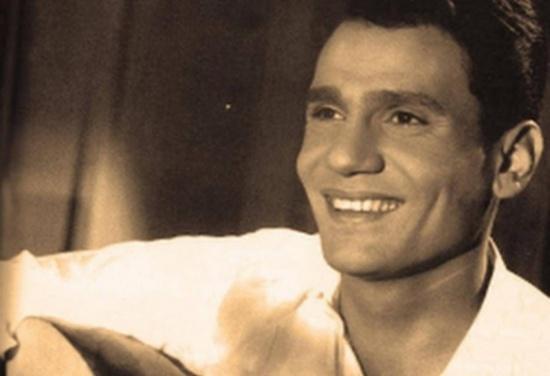 صورة نادرة لعبد الحليم حافظ قبل وفاته بساعات... شاهدوا كيف بدا بسبب المرض