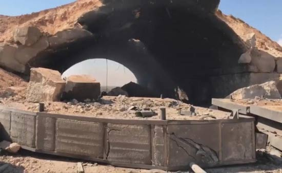 تلفزيون الأسد: صواريخ تستهدف قاعدة الشعيرات في حمص