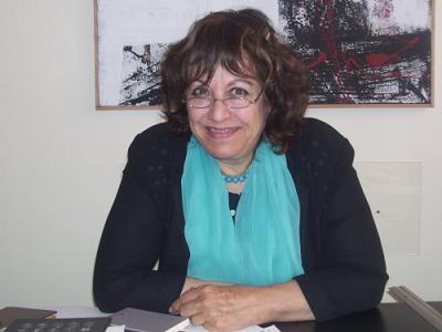 """الاردنية زليخة ابوريشة متهمة بالاستهزاء على """"القران"""" في مقالتها بـ""""الغد""""!"""