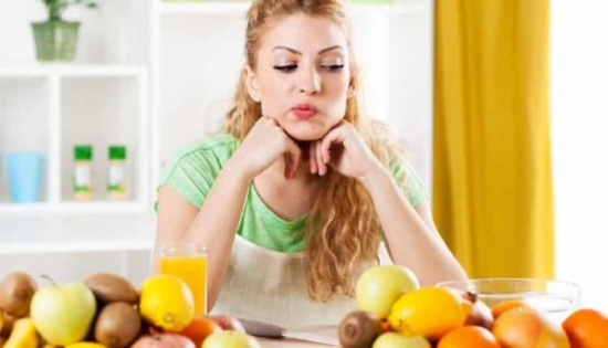 متى يسبّب تناول الفاكهة الانتفاخ؟