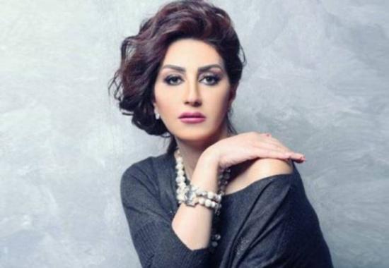 """بالفيديو - وفاء عامر تتحدث عن زوجها و""""الجحش""""... وهذا ما قالته عن تقبيل الرجال لها"""
