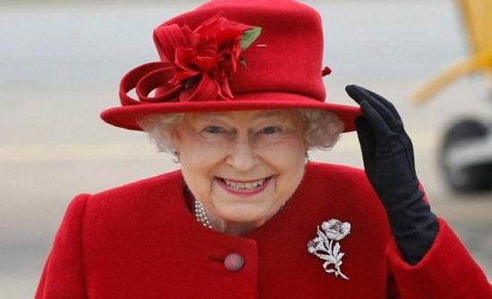 الملكة إليزابيث تعلن حفيدها وزوجته ملكين وتحرم ابنها تشارلز