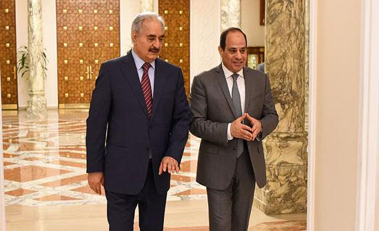 حفتر يلتقي السيسي لطلب دعم مصري بالمحافل الدولية