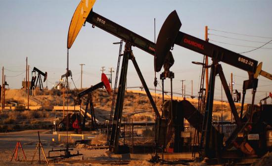 ارتفاع طفيف على أسعار النفط