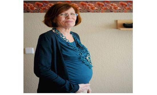 بعد 13 إبناً وبنتاً - أنجبت 4 توائم في الـ65 من عمرها... إليكم قصتها الغريبة