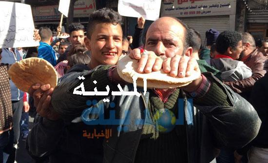 بالفيديو والصور : شاهدوا  مسيرة  وسط البلد ضد رفع الأسعار والضرائب