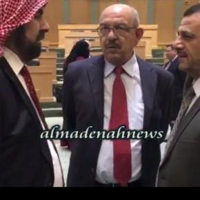 فيديو : شاهد كواليس النواب والوزراء قبل جلسة الثلاثاء