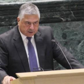 وزير المالية يرد على مداخلات النواب