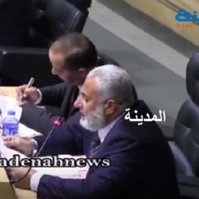 شاهد بالفيديو : كل ما تريد معرفته عن أموال شركات البورصة الوهمية بين ابو السيد ووزير العدل