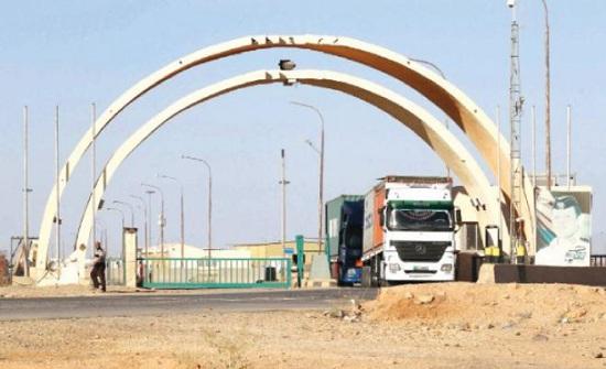 الداوود: 120 شاحنة تدخل إلى ساحة التبادل مع العراق يوميا