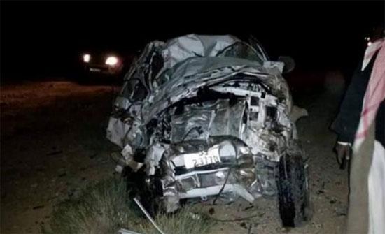 وفاة و إصابات بالغة بتدهور مركبة على الطريق الصحراوي