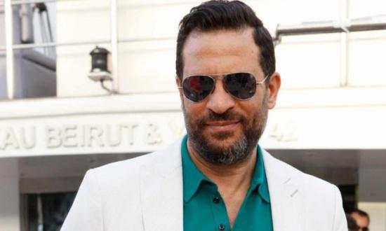 بالفيديو - ماجد المصري يكشف موقف زوجته من المعجبات والأحضان