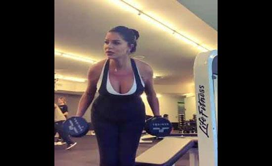 بالفيديو : رغم حملها.. ريما فقيه تمارس تمارين رياضية قاسية