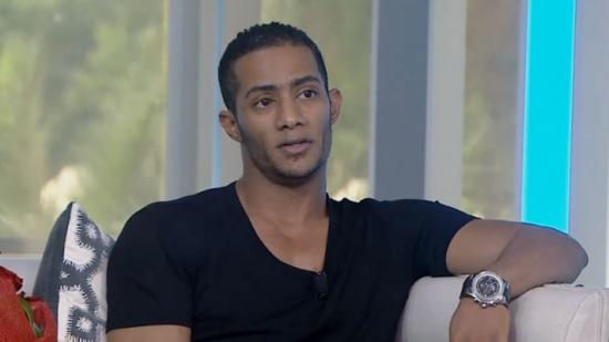 بالفيديو - ردّ غير متوقع من محمد رمضان على اتهامه بالغرور