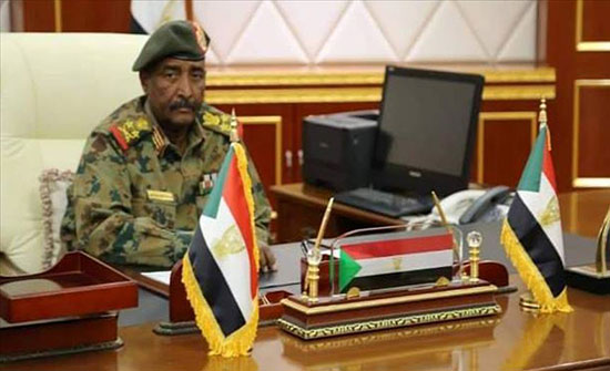 السودان.. البرهان يوعز للمؤسسات الحكومية بالإفصاح عن حساباتها