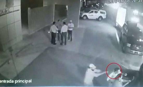 فيديو| اغتيال سياسي مكسيكي أثناء التقاطه سيلفي مع معجبة