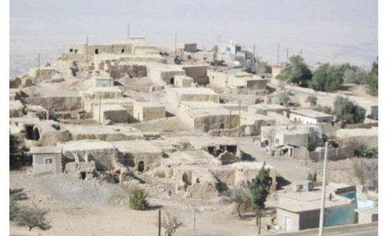 الطفيلة: آلاف المنازل المهجورة تتحول لمكاره صحية