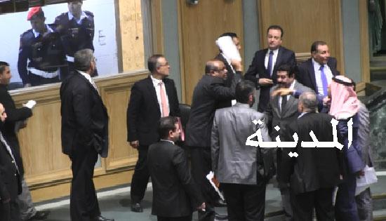 بالفيديو : رفع الجلسة الذي أغضب النواب وتوصيات المجلس للحكومة بشأن الأسعار