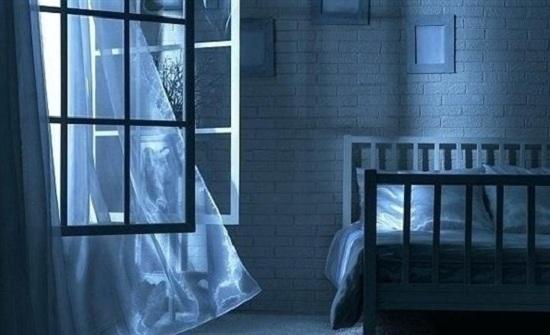 لهذا السبب.. لا يجب النوم والنوافذ مفتوحة خلال الصيف
