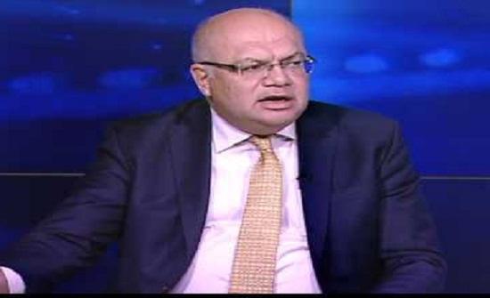 وزير الاشغال يتفقد الانهيار في شارع وصفي التل