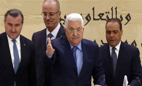 عباس يطالب بدور روسي أكبر في محادثات السلام مع إسرائيل