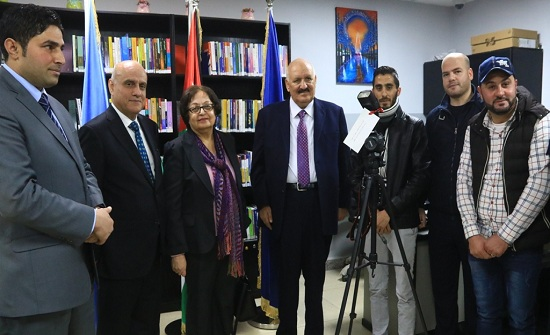 """افتتاح معرض """"قصتي"""" في جامعة الزرقاء- صور"""