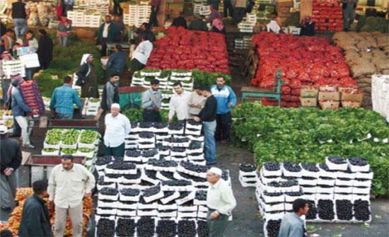 430 طنا واردات سوق العارضة من الخضار