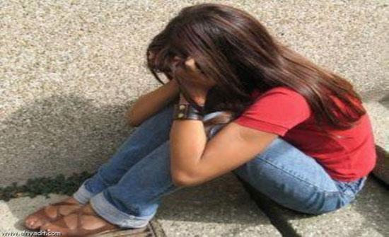 آباء لكن قتلة .. أب وأم يغتصبان طفلة في الـ12 من عمرها ( صور )