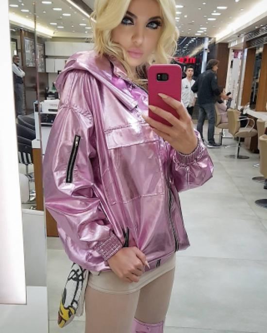 شاهد– ميريام كلينك تستعرض جسدها في فيديو كليبها الجديد