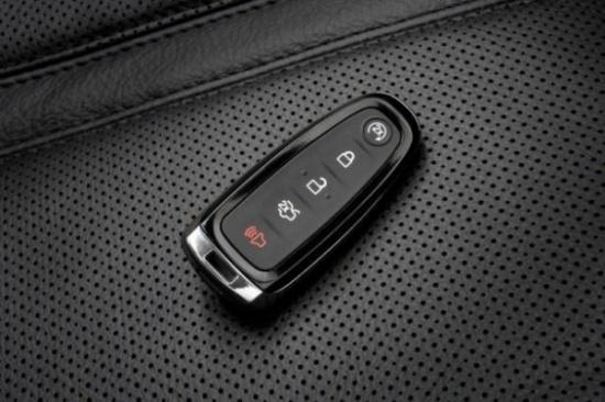 إذا تعطَّل مفتاح سيارتك الإلكتروني.. إليكَ الحل!