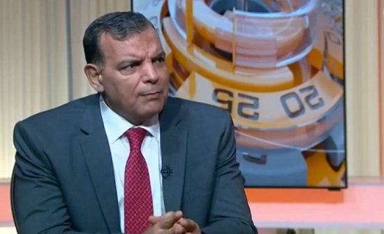 وزير الصحة يتفقد إدارة التأمين الصحي المدني