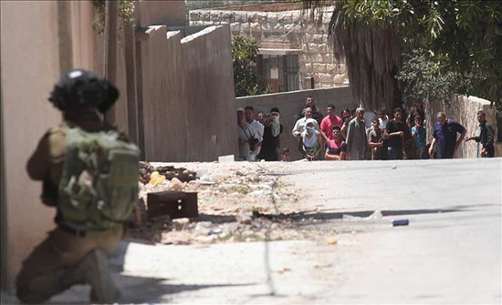 إصابة 4 فلسطينيين بجروح إثر مواجهات مع الجيش الإسرائيلي بالضفة