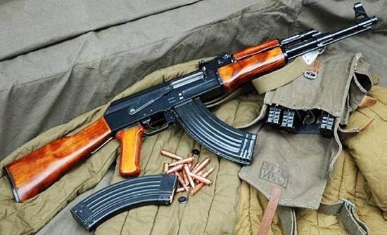 القبض على تاجر اسلحة في جرش بحوزته مجموعة من الذخائر