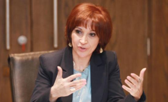 وزيرة السياحة تؤكد أهمية المضي بإجراءات تطوير الخدمات السياحية وإبرازها